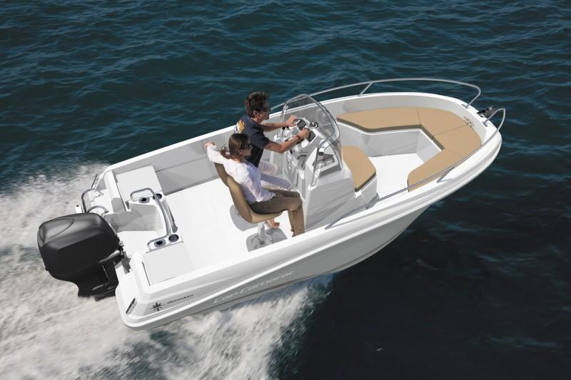 boat-4.7CC_exterieur_20130711111518