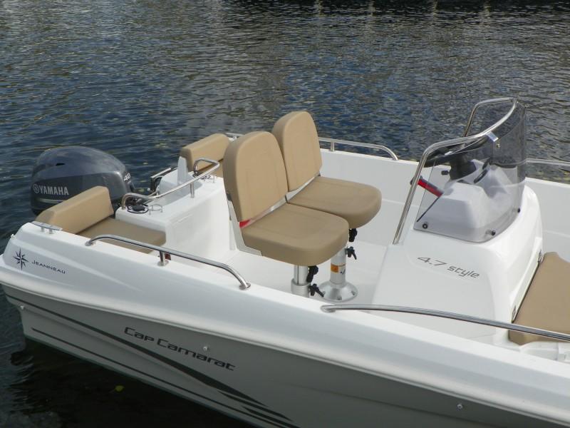 boat-4.7CC_exterieur_2013110715271249